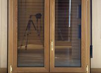 Interior de la ventana en madera