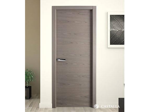 Puerta interior marca castalla modelo paris lisa for Puerta interior gris