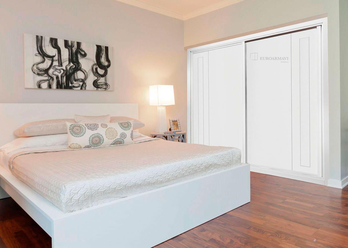 Lacado 922 puertas innova s l u for Armario de dormitorio blanco barato