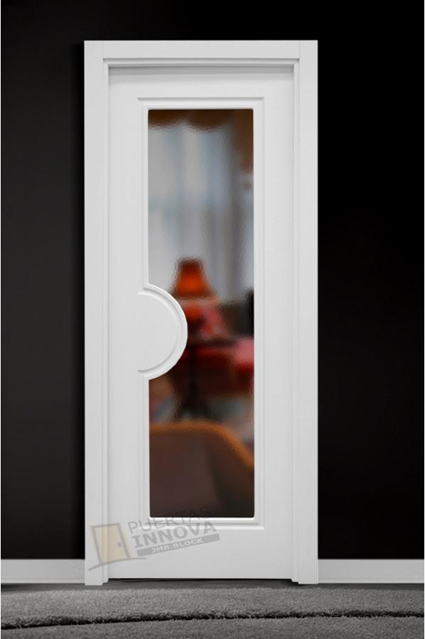 Puerta lacada blanca lac 108 1v cristal puertas innova s l u for Puerta blanca cristal