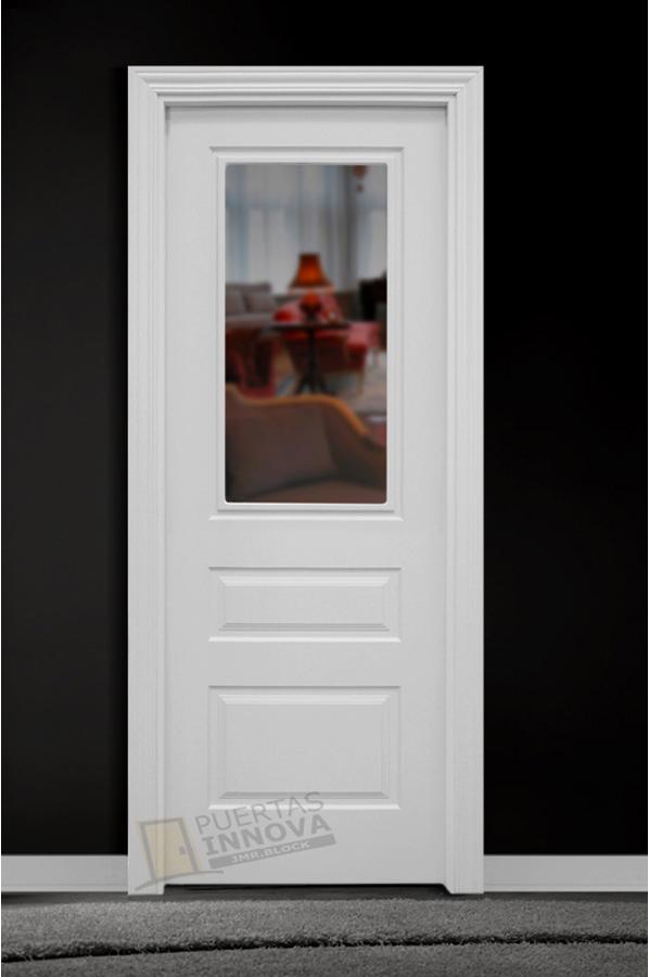 Puerta lacada blanca lac 113 v1 cristal puertas innova s l u for Puerta blanca cristal