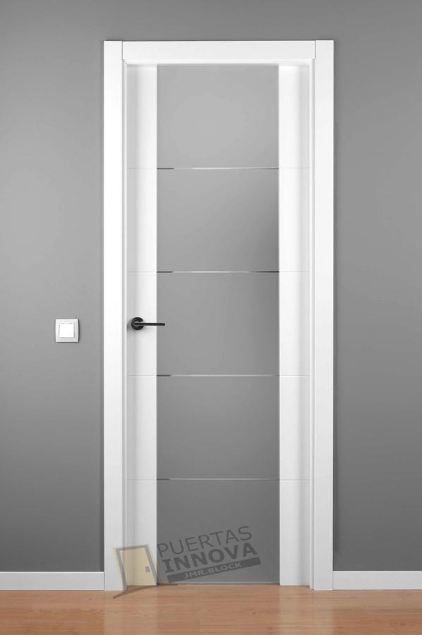 Puerta lacada blanca lac 9004 cr cristal puertas for Puerta blanca cristal
