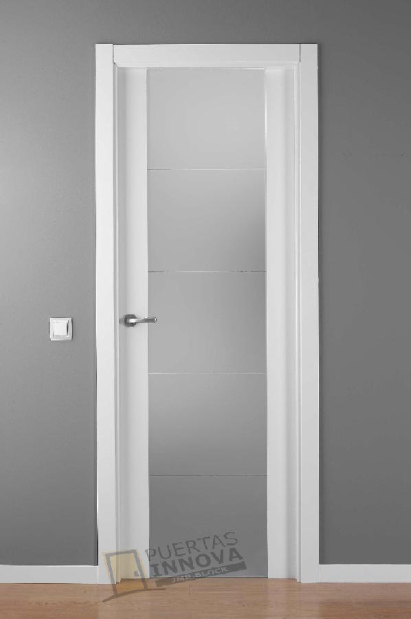 Puerta Lacada Blanca 9204 Cr Cristal Puertas Innova S L U