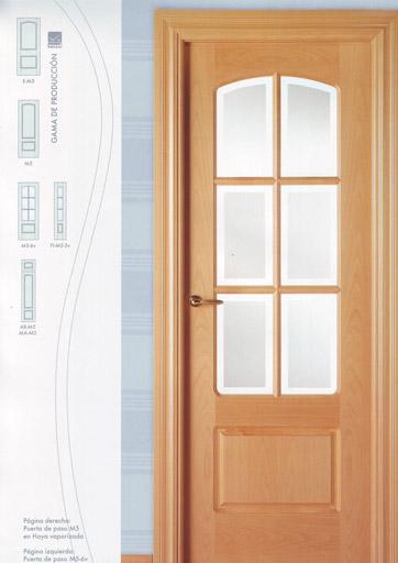 Puerta interior moderna madera serie vm5 puertas innova for Puertas interior modernas