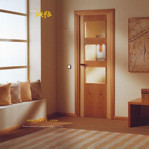 Puerta interior moderna madera m41 puertas innova s l u for Puertas modernas interior