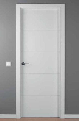 Puerta lacada blanca lac 9004 r puertas innova s l u - Puertas blancas de interior ...