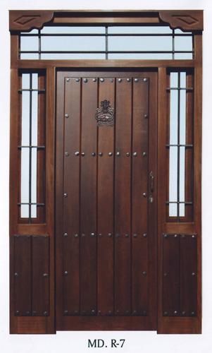 Puerta exterior r stica r7 puertas innova s l u for Puertas macizas exterior