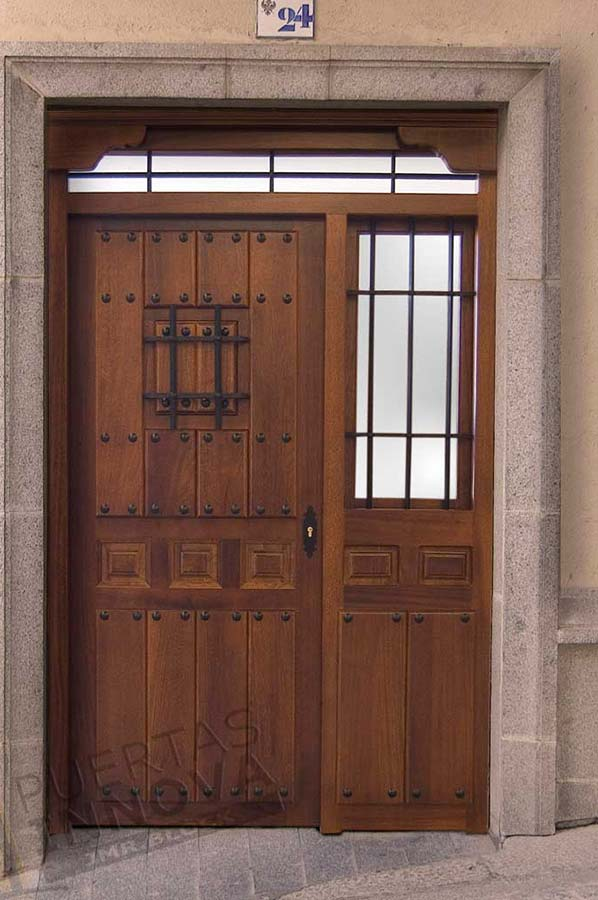 Puerta exterior r stica modelo 18 puertas innova s l u - Puertas exterior asturias ...