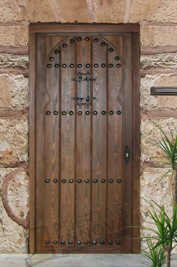 Puerta exterior r stica modelo 5 puertas innova s l u for Puertas macizas exterior