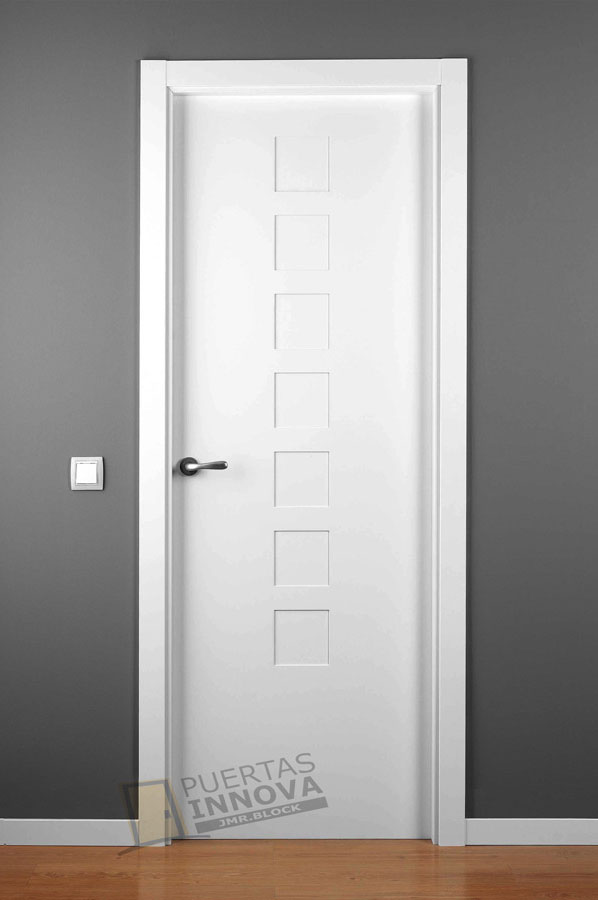 Puerta lacada blanca lac 5107 puertas innova s l u for Puerta lacada blanca