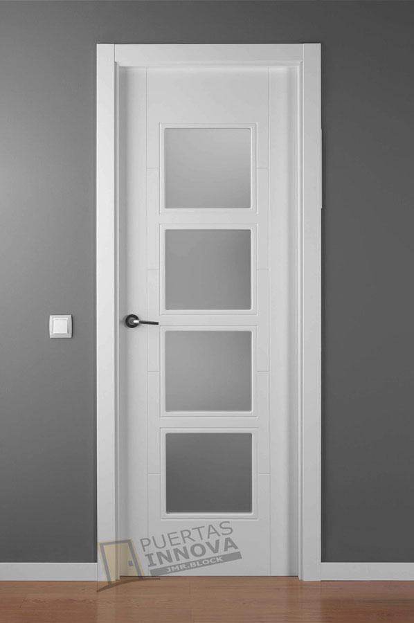 Puerta lacada blanca lac 9204 4v puertas innova s l u for Puerta lacada blanca