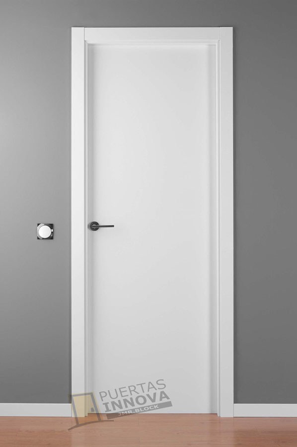 puerta lacada blanca lisa puertas innova s l u