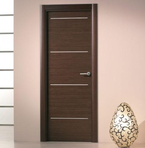 Puerta interior moderna aluminio precio base for Modelos de puertas para interiores