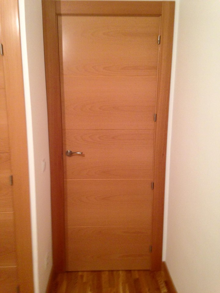 Puertas de interior modelo 8500 haya vaporizada puertas - Modelos de puertas de interior modernas ...