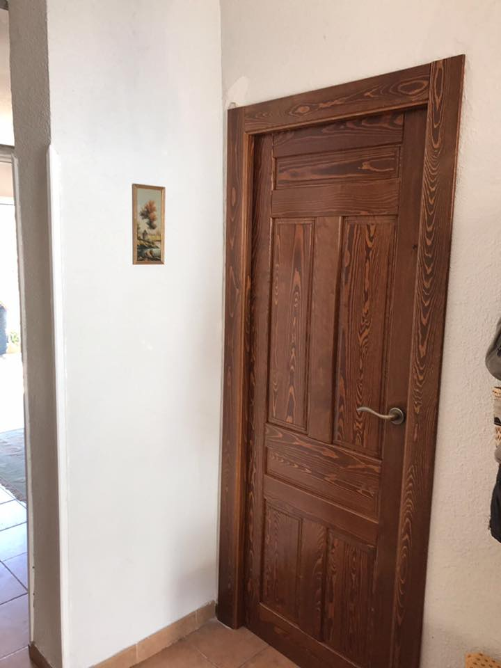 Puertas rusticas de interior modelo iker en casta o al - Manillas puertas rusticas ...