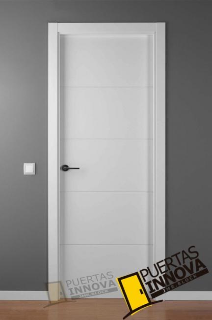 Puerta lacada blanca lac 9004 puertas innova s l u - Puertas de interior blancas precios ...