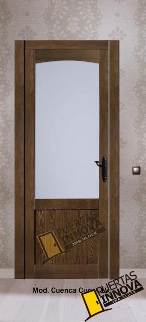 puerta interior de madera modelo cuenca vidriera