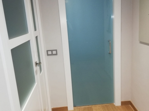 Puertas blancas modelo LAC-5103