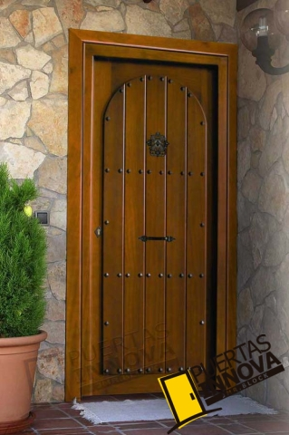 Puerta exterior r stica modelo r 2 puertas innova s l u for Puertas macizas exterior