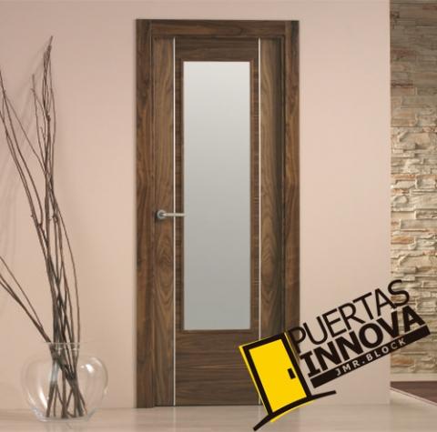 Puerta interior moderna v1 cristal aluminio for Puertas aluminio interior cristal