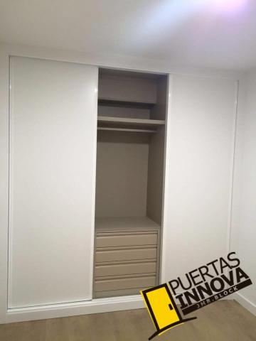 Trabajos e instalaciones de puertas y armarios puertas innova s l u - Armarios de obra ...