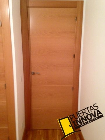 Puertas de interior modernas puertas innova s l u - Puertas de haya vaporizada ...