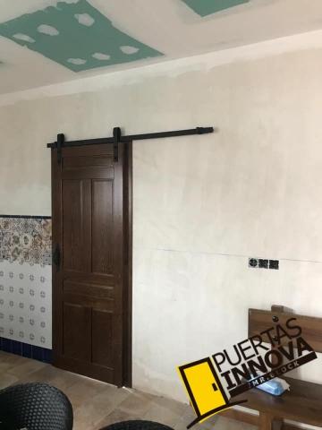 Puertas rusticas de interior modelo IKER