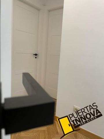 MODELO PUERTA BLANCA LAC-5104