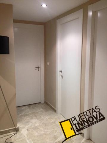 Trabajos e instalaciones de puertas y armarios puertas - Puertas dm lacadas blanco ...