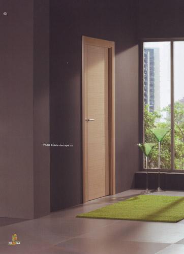 Puerta interior moderna modelo 7300 roble decape for Puertas roble modernas